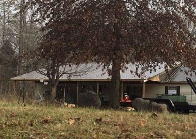 2858 Gatesville Road, Nineveh, IN 46164 (MLS #21691389) :: Mike Price Realty Team - RE/MAX Centerstone
