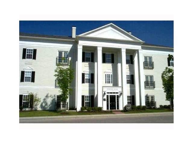 12880 University Crescent, Unit 3B Crescent 3B, Carmel, IN 46032 (MLS #21691519) :: The Indy Property Source