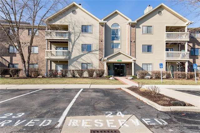 8720 Yardley Court #308, Indianapolis, IN 46268 (MLS #21693139) :: The ORR Home Selling Team