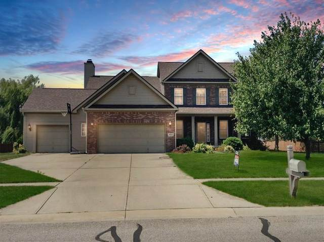 8911 Hearthstone Drive, Zionsville, IN 46077 (MLS #21694339) :: AR/haus Group Realty