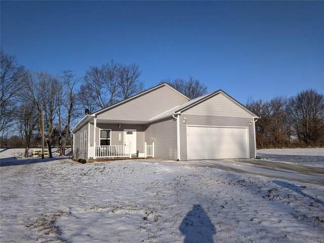 1315 N Washington Street, Rushville, IN 46173 (MLS #21695111) :: The Indy Property Source
