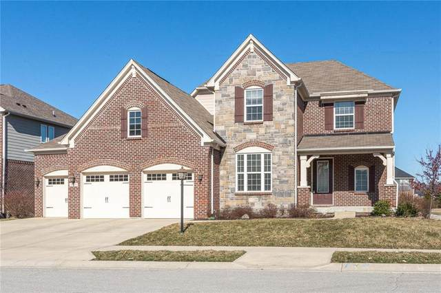 2699 E High Grove Circle, Zionsville, IN 46077 (MLS #21696120) :: The Indy Property Source