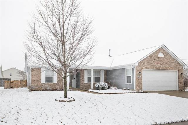 601 Gondola Run, Greenfield, IN 46140 (MLS #21696836) :: Richwine Elite Group