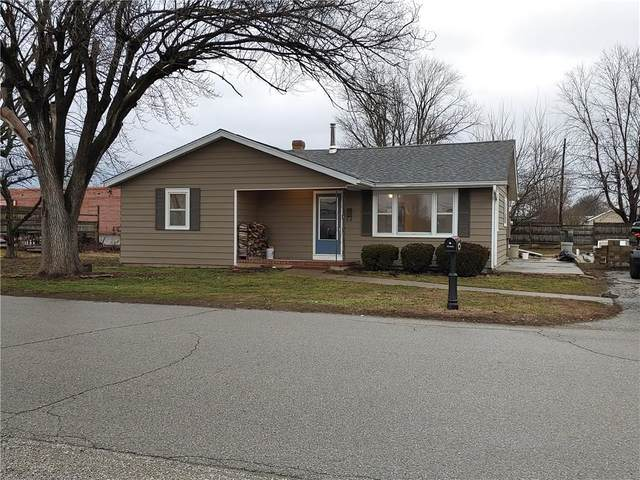 490 W Garfield Avenue, Martinsville, IN 46151 (MLS #21696929) :: Mike Price Realty Team - RE/MAX Centerstone