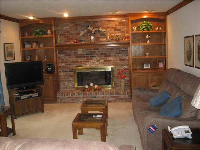 5009 Williams Circle, Carmel, IN 46033 (MLS #21697395) :: The Indy Property Source