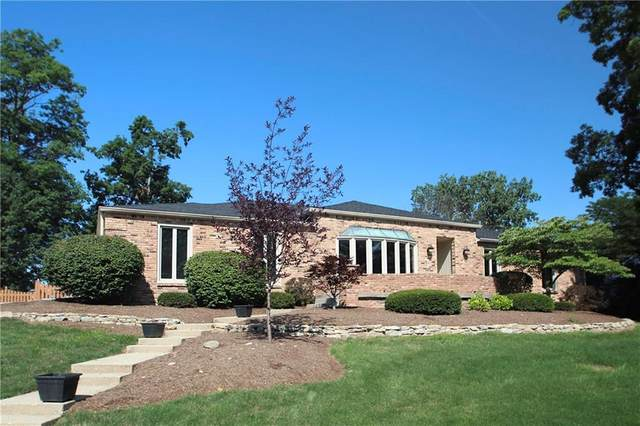 10714 Lakeview Drive, Carmel, IN 46033 (MLS #21698131) :: The ORR Home Selling Team