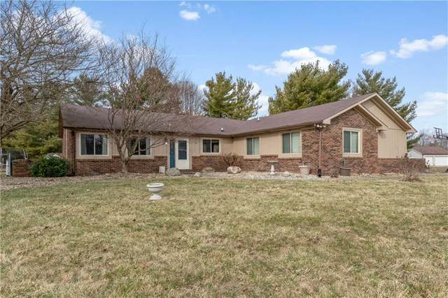5065 Hill Valley Drive, Pittsboro, IN 46167 (MLS #21699510) :: Mike Price Realty Team - RE/MAX Centerstone