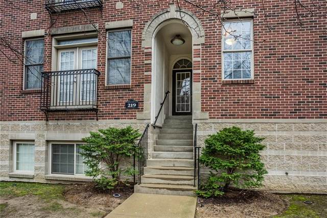 219-D New Jersey Street, Indianapolis, IN 46204 (MLS #21699732) :: The ORR Home Selling Team