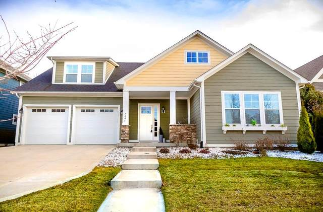 7645 Carriage House Way, Zionsville, IN 46077 (MLS #21700321) :: AR/haus Group Realty