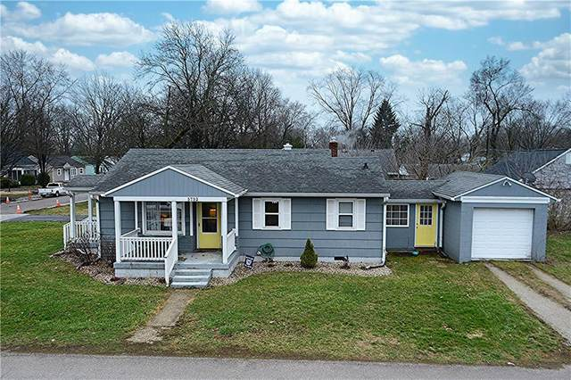 5752 Crittenden Avenue, Indianapolis, IN 46220 (MLS #21701261) :: The ORR Home Selling Team