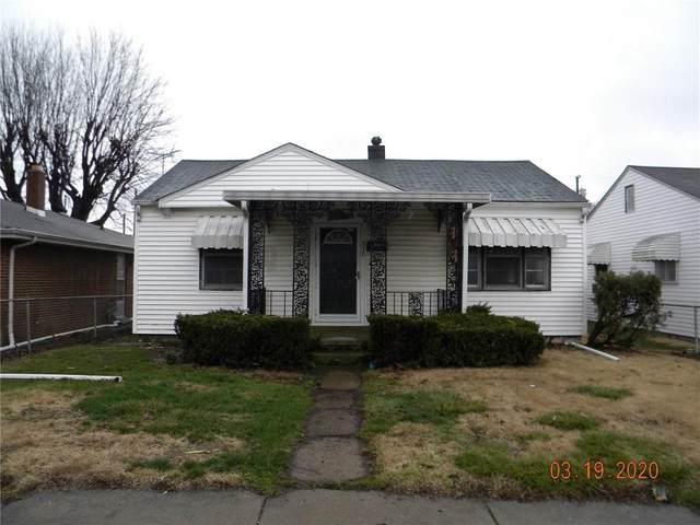 210 Elva Street, Anderson, IN 46013 (MLS #21701437) :: Richwine Elite Group