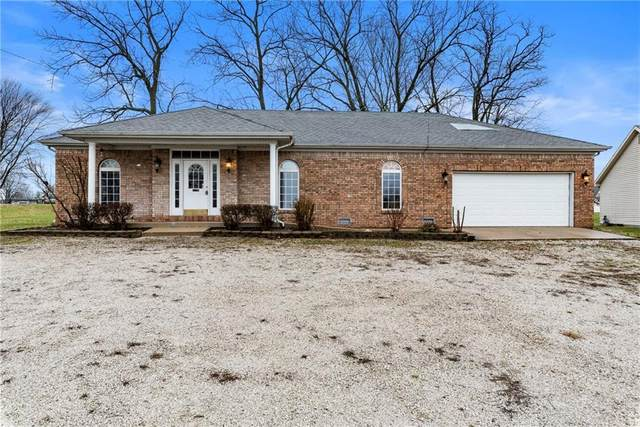102 Northfield Drive E, Bainbridge, IN 46105 (MLS #21701467) :: The Indy Property Source