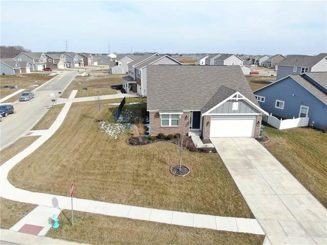 6245 N Woodbury Drive, Mccordsville, IN 46055 (MLS #21701785) :: The Evelo Team
