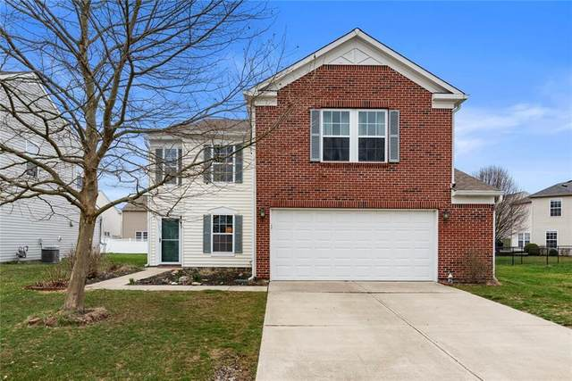 661 Classic Lane, Greenwood, IN 46143 (MLS #21701891) :: The Indy Property Source