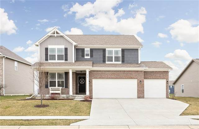 819 Declaration Drive, Pittsboro, IN 46167 (MLS #21702018) :: David Brenton's Team