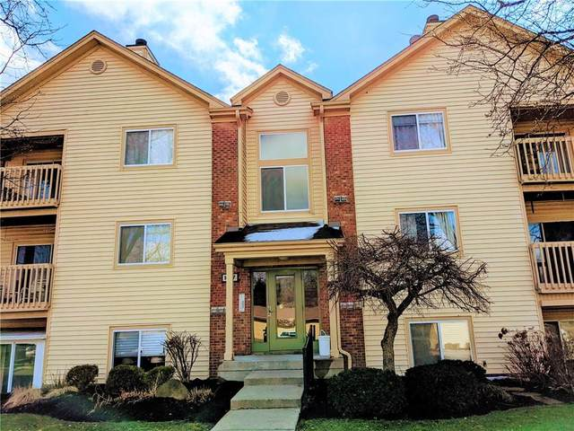 1057 Timber Creek Drive #8, Carmel, IN 46032 (MLS #21702142) :: The ORR Home Selling Team