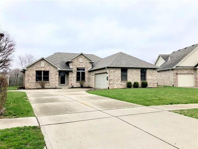 601 Savannah Drive, Greenwood, IN 46142 (MLS #21702284) :: The Evelo Team