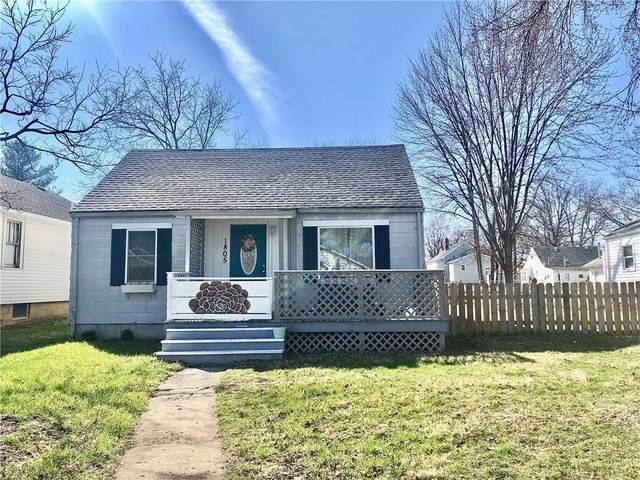 1805 N Ball Avenue, Muncie, IN 47304 (MLS #21702398) :: The ORR Home Selling Team