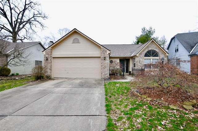 6476 Hunters Green Place, Indianapolis, IN 46278 (MLS #21702633) :: David Brenton's Team