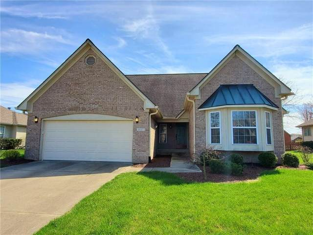 6137 Basswood Drive, Columbus, IN 47201 (MLS #21702920) :: Mike Price Realty Team - RE/MAX Centerstone