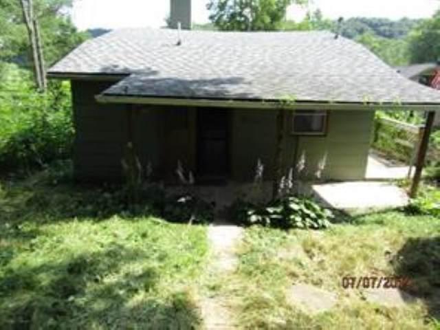 4545 Upper Patton Park Rd, Martinsville, IN 46151 (MLS #21702924) :: David Brenton's Team