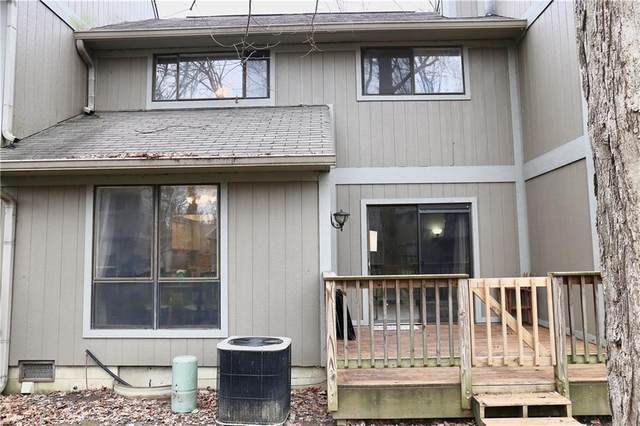 4243 Larkspur Trace, Indianapolis, IN 46237 (MLS #21703215) :: The ORR Home Selling Team