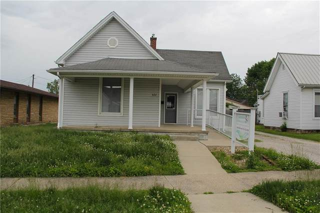 622 W 2nd Street, Seymour, IN 47274 (MLS #21703265) :: The Indy Property Source
