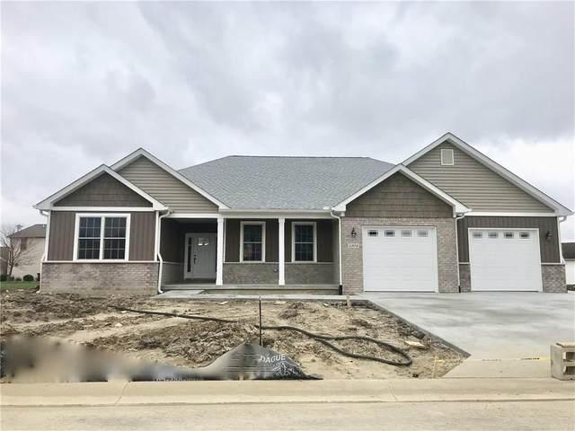 1304 N Wild Pine Drive, Yorktown, IN 47396 (MLS #21703281) :: The ORR Home Selling Team