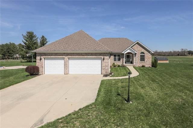10165 N Jeffery Drive, Mooresville, IN 46158 (MLS #21703314) :: Mike Price Realty Team - RE/MAX Centerstone