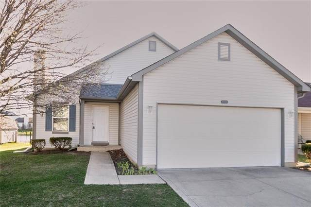 1217 Tealpoint Circle, Indianapolis, IN 46229 (MLS #21703490) :: David Brenton's Team