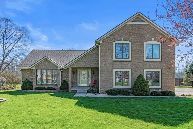 2293 S Oakwood Drive, New Palestine, IN 46163 (MLS #21703502) :: The Indy Property Source