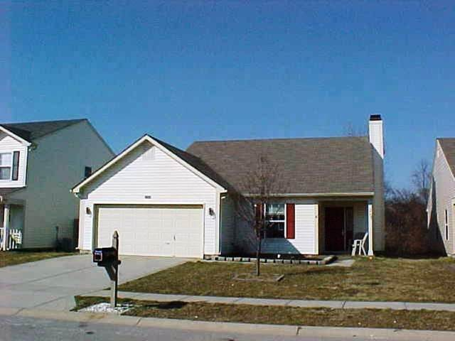 7124 Sun Court, Indianapolis, IN 46241 (MLS #21703657) :: The Evelo Team