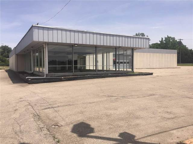 2300 Martin Luther King Boulevard, Muncie, IN 47303 (MLS #21703668) :: The Indy Property Source