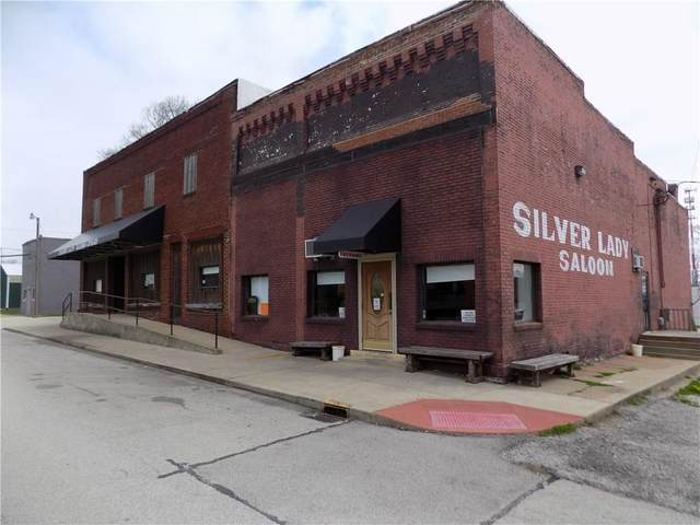 727 Main Street, Greencastle, IN 46135 (MLS #21703778) :: AR/haus Group Realty