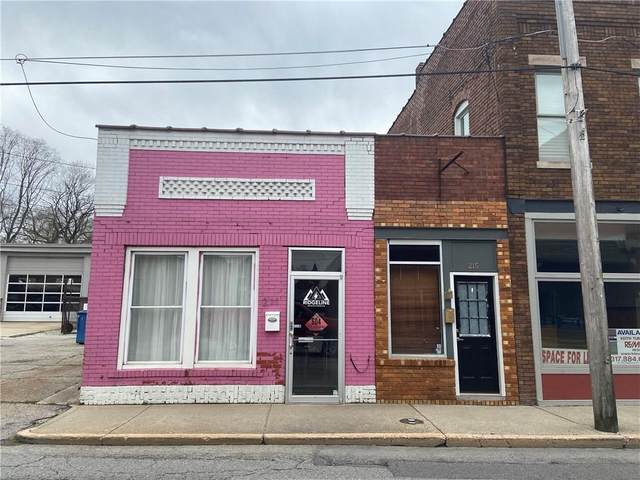 215 W Main Street, Greenwood, IN 46142 (MLS #21707257) :: Mike Price Realty Team - RE/MAX Centerstone