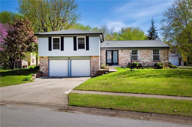 8316 W Scarsdale Drive, Indianapolis, IN 46256 (MLS #21707987) :: Anthony Robinson & AMR Real Estate Group LLC