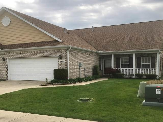 5101 Dunewood Way, Avon, IN 46123 (MLS #21708010) :: The ORR Home Selling Team