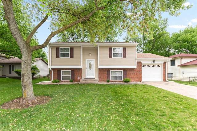 323 N Raceway Road, Indianapolis, IN 46234 (MLS #21708103) :: Anthony Robinson & AMR Real Estate Group LLC