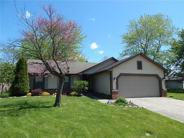 182 Thornleigh Court, Brownsburg, IN 46112 (MLS #21708572) :: The ORR Home Selling Team