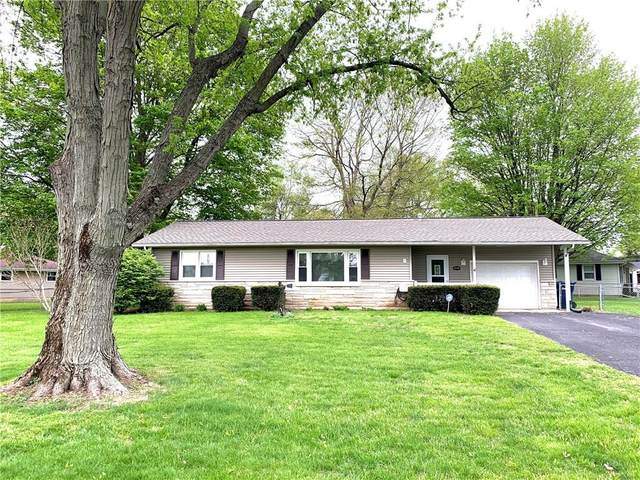 8209 W Maple Lane, Yorktown, IN 47396 (MLS #21708682) :: The ORR Home Selling Team
