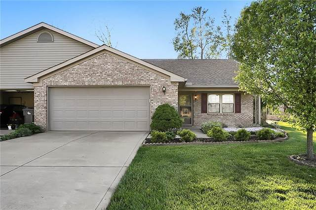5404 Oak Harbor Court, Indianapolis, IN 46237 (MLS #21709230) :: The ORR Home Selling Team