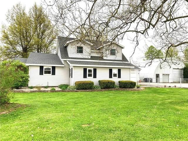 13717 W County Road 500 N, Yorktown, IN 47396 (MLS #21710746) :: The ORR Home Selling Team