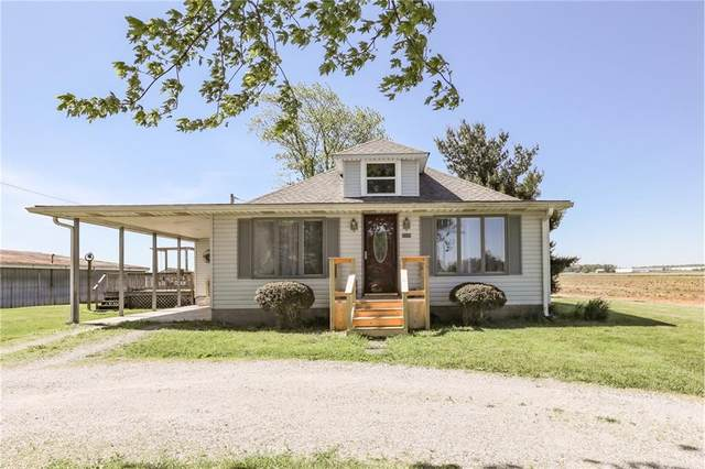 5599 E 100 N, Franklin, IN 46131 (MLS #21711196) :: Mike Price Realty Team - RE/MAX Centerstone