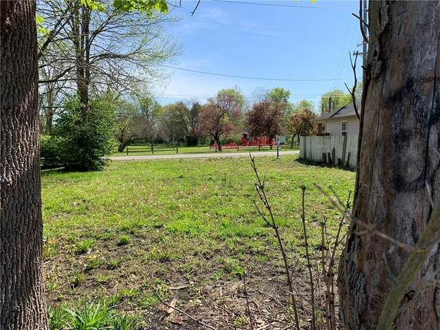 818 Johnson Avenue, Franklin, IN 46131 (MLS #21711421) :: Mike Price Realty Team - RE/MAX Centerstone