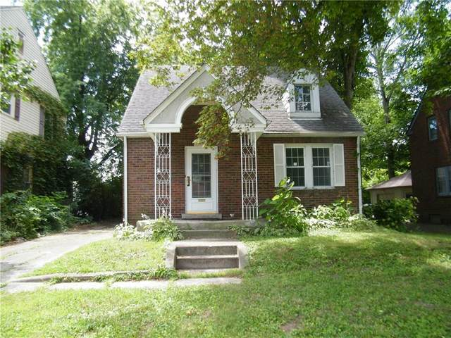 1819 W 10TH Street, Anderson, IN 46016 (MLS #21711643) :: The Evelo Team