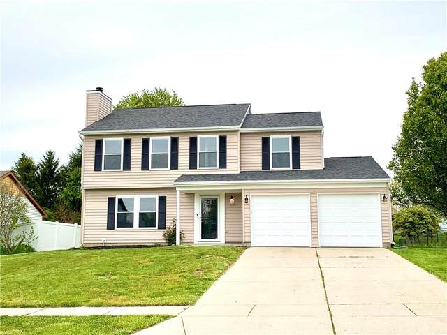 10626 E Creekside Woods Drive, Indianapolis, IN 46239 (MLS #21711872) :: The Indy Property Source