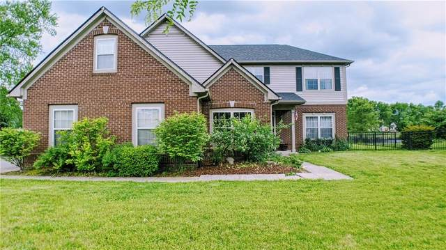 4702 Arabian Run, Indianapolis, IN 46228 (MLS #21711916) :: Mike Price Realty Team - RE/MAX Centerstone