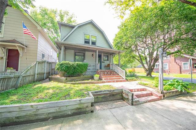 1492 Lawton Avenue, Columbus, IN 47201 (MLS #21711996) :: The Indy Property Source