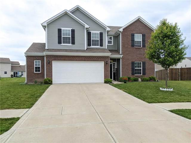 6486 Enclave Court, Greenwood, IN 46143 (MLS #21712271) :: David Brenton's Team