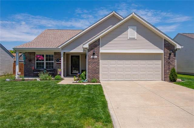 1256 Fiesta Drive, Franklin, IN 46131 (MLS #21712358) :: The Indy Property Source
